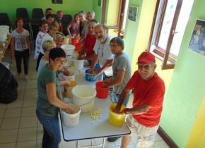 Les bénévoles au travail